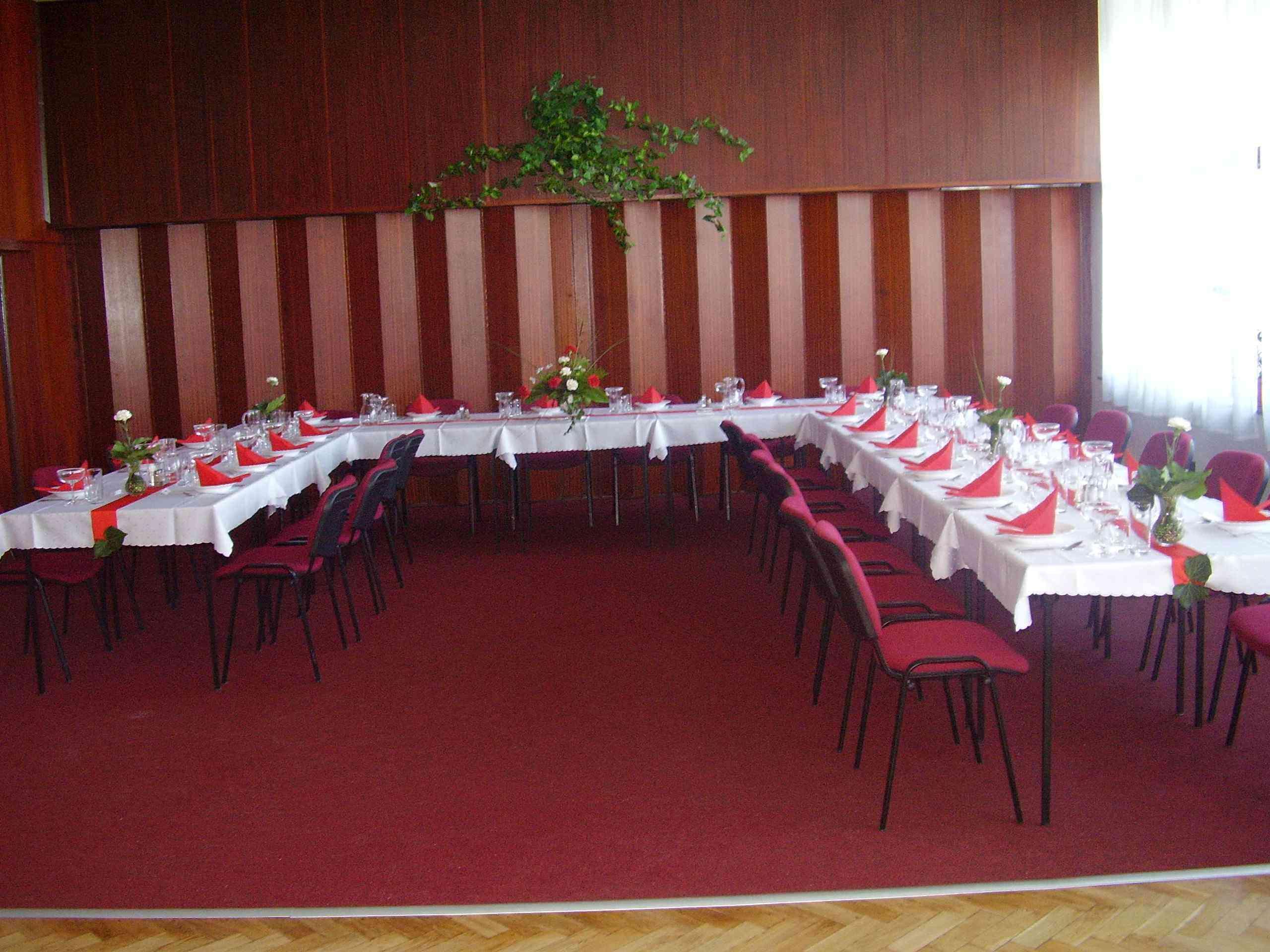 služby - prenájom konferenčnej miestnosti